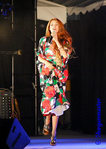 Mary Sara - Sara Marī (紗羅マリー) - live concert @ 19:55 on August 28th, 2010