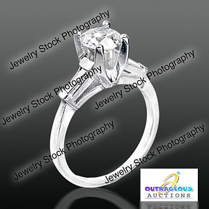 3 Stone ring up