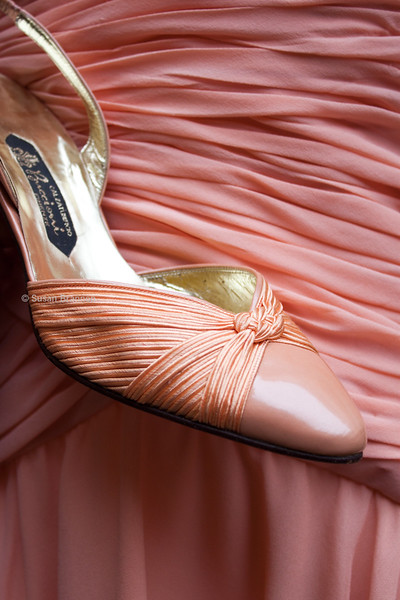 Italian vintage shoes and peach dress
