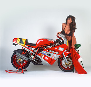 FD92. 09   Ducati 750cc Sport and Playboy Playmate Petra Verkiak.