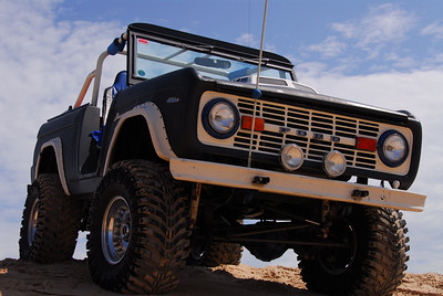 Don's awesome Bronco at the Dunes.