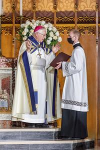 AJ AOH Vigil for Priests 1045