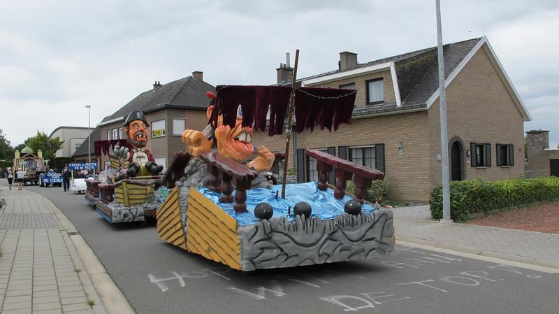 kermisgroepen faubourg 2011 015