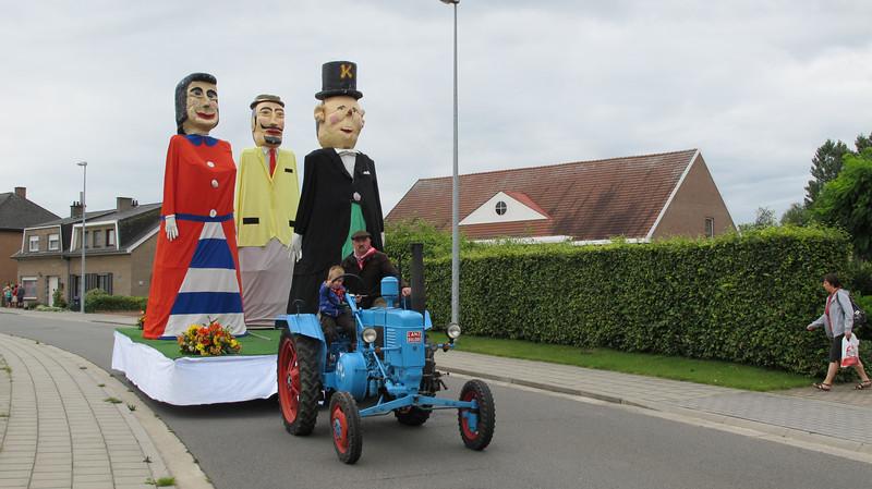 kermisgroepen faubourg 2011 011