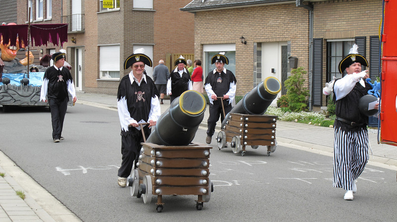 kermisgroepen faubourg 2011 014