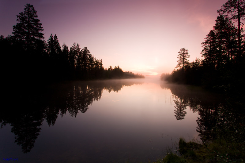 Purple dawn.<br /> Suomussalmi, Oulu. Finland.