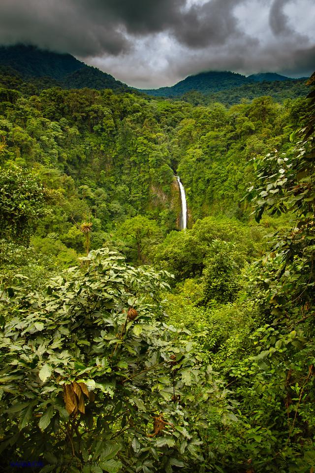 La Fortuna waterfall (1)