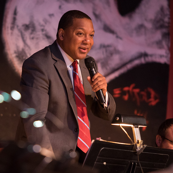 Wynton Marsalis introducing the band
