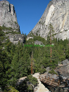 "Inside Yosemite NP the options seem to go on and on . . .   This foto is found in its original category  "" Travel - CA ""   in gallery  "" Calif Oct, 2008 -2 "" as image #2585"