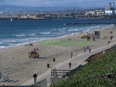 "This starts with Torrance/Redondo in the foreground to the Santa Monica Mtns and beyond in the background - clear day for SoCal . . . It can be found in its original category "" Travel - CA ""  in gallery  "" Calif April, 2006 "" as image #1067"
