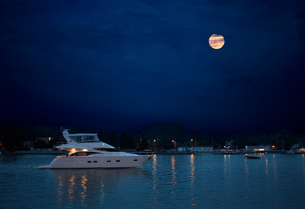 Super Moon <br /> June 2013, over the Genesee River