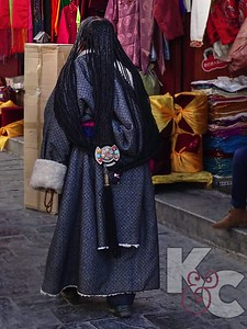 Traditional Dress & Hairstyle of Western Tibetan Nomad Woman