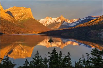 St Mary's Lake sunrise, Wizard Island