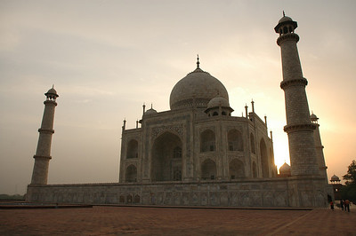 Agra: sunrise at the Taj Mahal.
