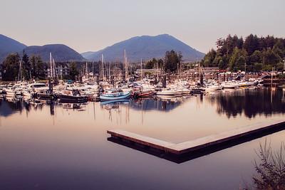 Canadian Princess Fishing Lodge Dock