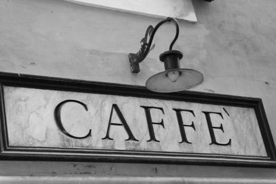 Cafe sign in Rome