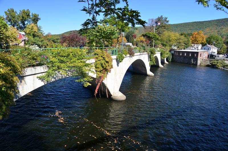 Bridge of Flowers, Shelburne Falls, Massachusetts, 10 October 2016