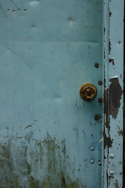 alaska door