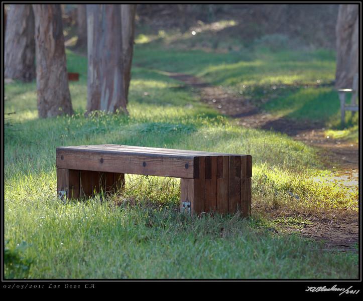 Los Osos bench TAB11MK4-4067