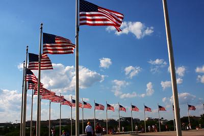 Circle of flags, Washington Monument