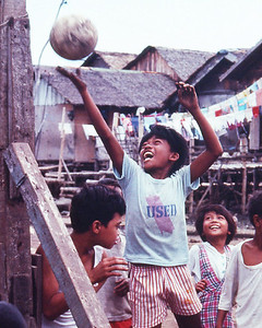 Kids in the shanty towns of Manila