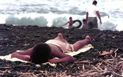 Kid, beach on Maui