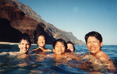 kalalau gang in water