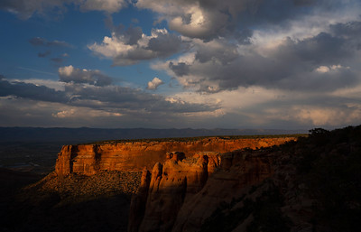 Last light on the rim.  Colorado National Monument.