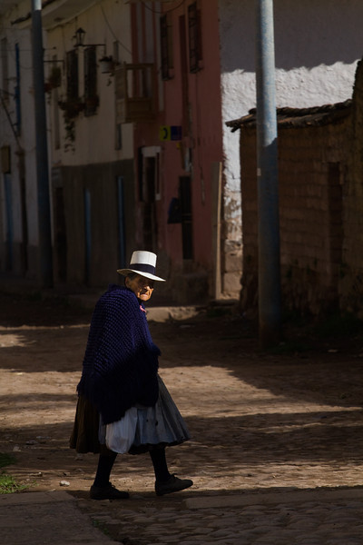 Old woman on a mission - Peru