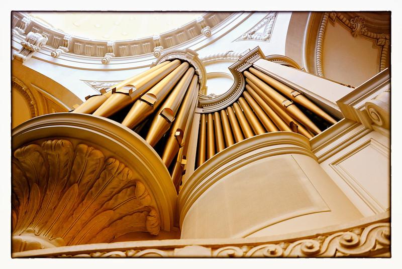 USNA organ pipes