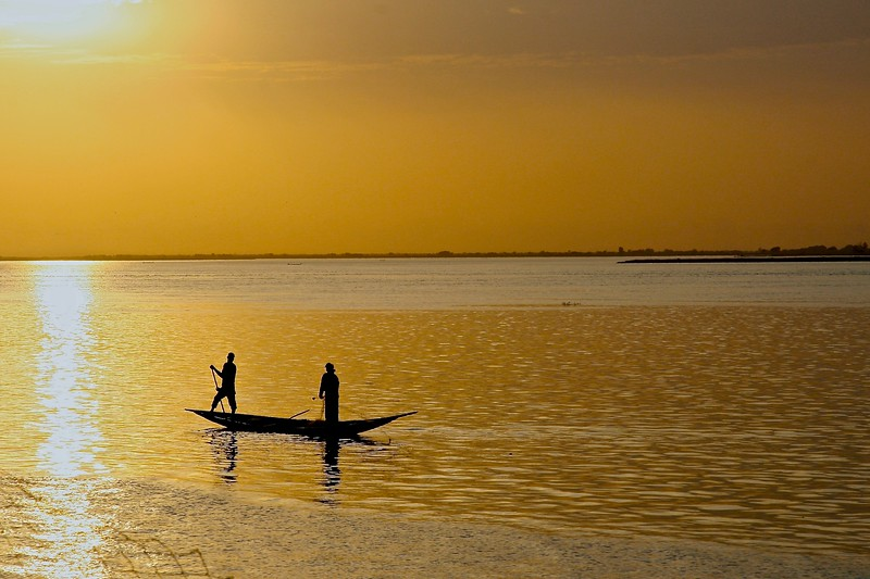 Fishermen on the Niger.  Mali 2008