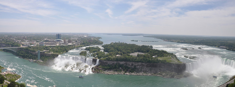 Niagra Falls - From the Canadian side.