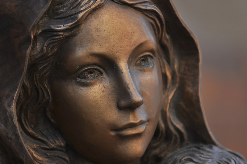 Statue of Mary, Detroit, MI