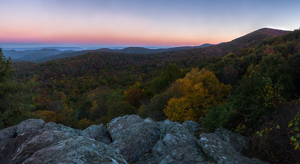 Sunrise at the Point overlook on Skyline drive