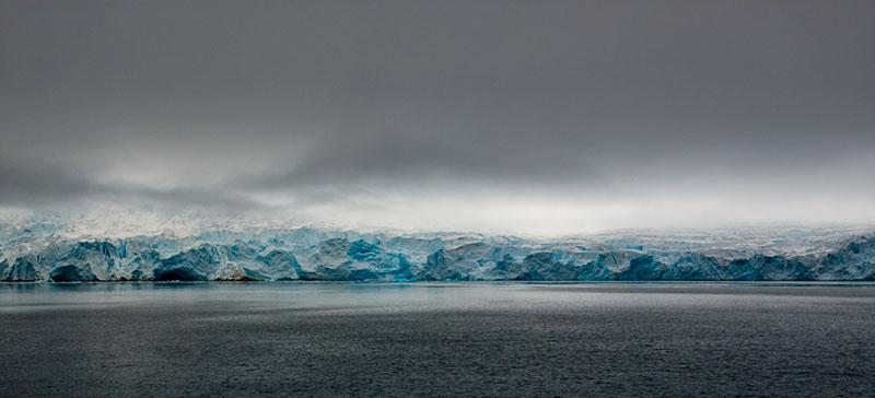 Smeerenburgfjiorden Glacier