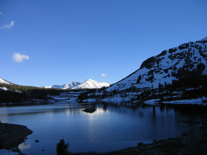 Small lake at the base of Mt Dana, near Tioga Pass (Yosemite high country)
