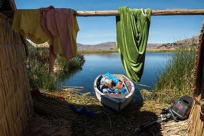 """Backyard"" life on Los Uros."