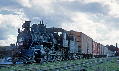January 1968.  Merida.  I believe this was the last active standard gauge steamer on the UdeY.