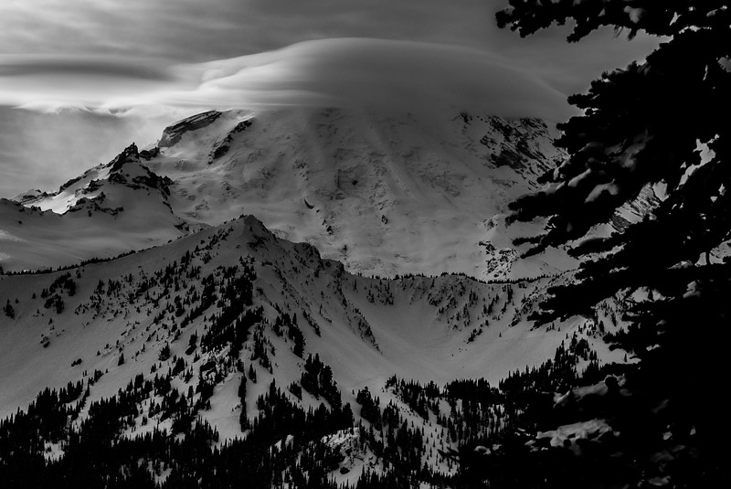 Mt Rainier cloud cap, Washington