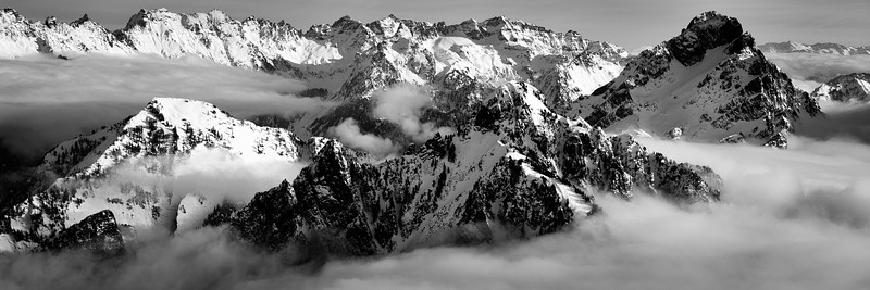 Peaks and clouds from Vesper Paek, Central Cascades, Washington