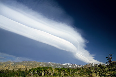 Frontal cloud on the east side of the Sierra Nevada, California