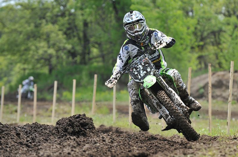 Moto-X 12