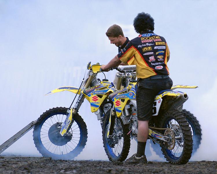Moto-X 09