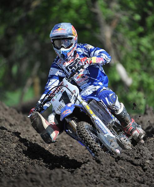 Moto-X 07