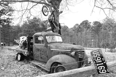I found this truck in the Ozark Mountains in Arkansas. I was riding my VFR800, so I shot it quickly (1/800th at F13) and got out of there!