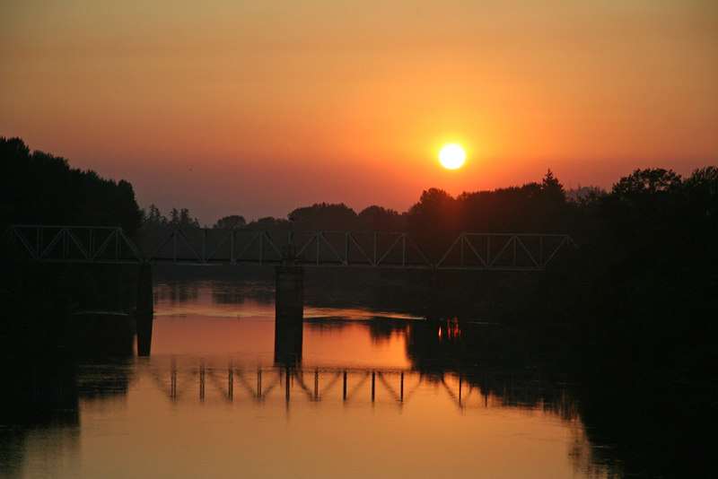 Sunrise over the Willamette, Albany Oregon