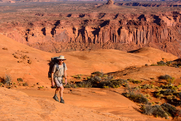 Pleateau strolling, Dirty Devil canyons, Utah