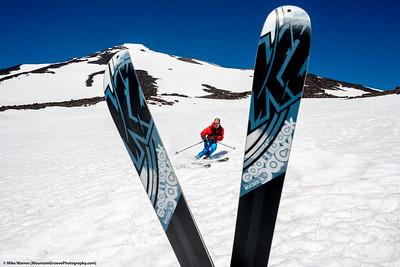 Ski the V, Mt Adams, Washington.