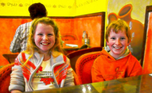 Kids at local Mexican restaurant, April 2005.