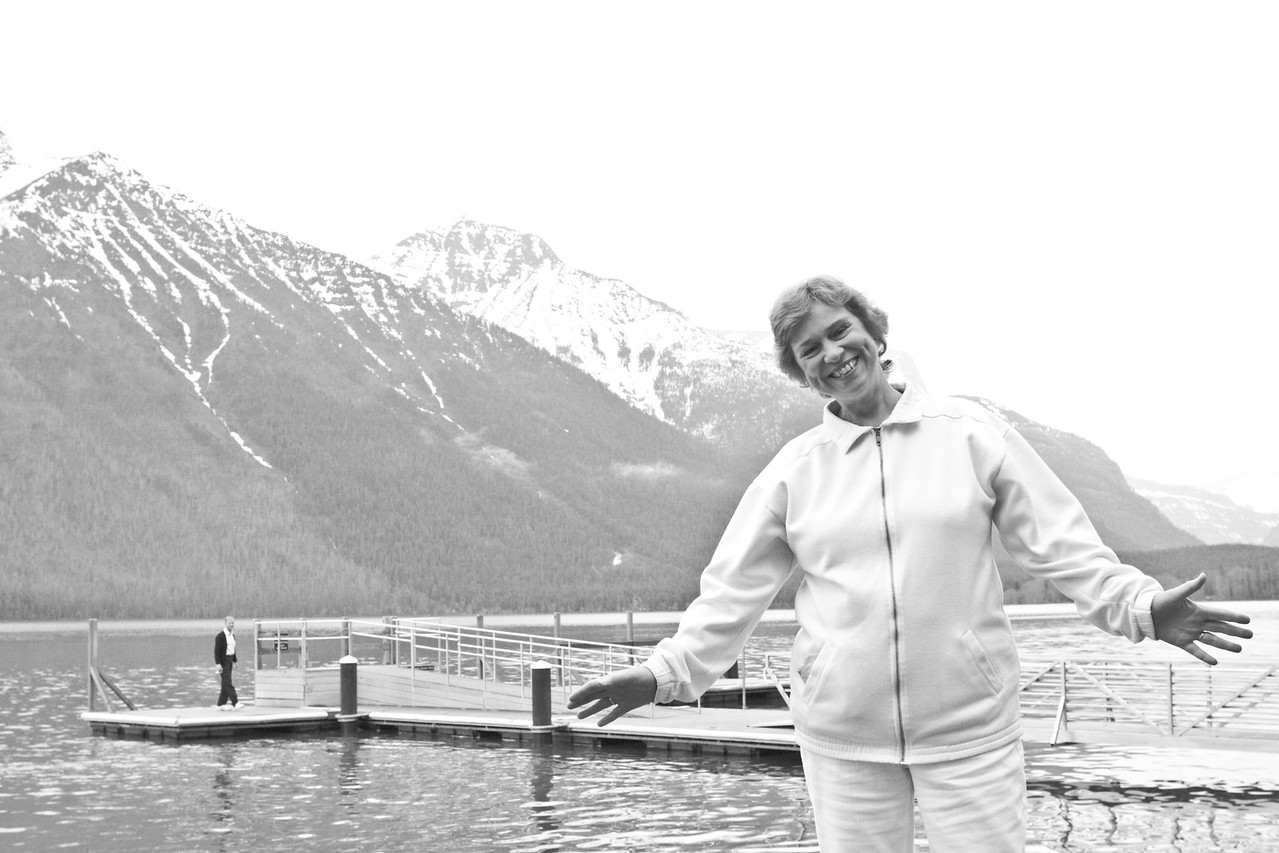 Timothee's mother passed away in 2012, from cancer, at age 60.  This is Timothee's favorite picture of her - one he took himself, just 4 years before, on a rare vacation/get-together in Montana, summer of 2008.  In the background is Timothee's father.  Hornby and Faith Howland were Christian missionaries in France for 30 years, from 1981 to 2011.  If you click the link below, you can see more pictures of this wonderful time in Montana.